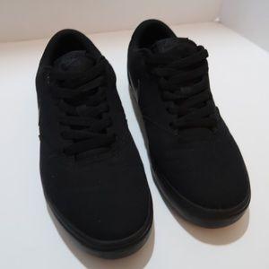 Nike SB Black Sneakers